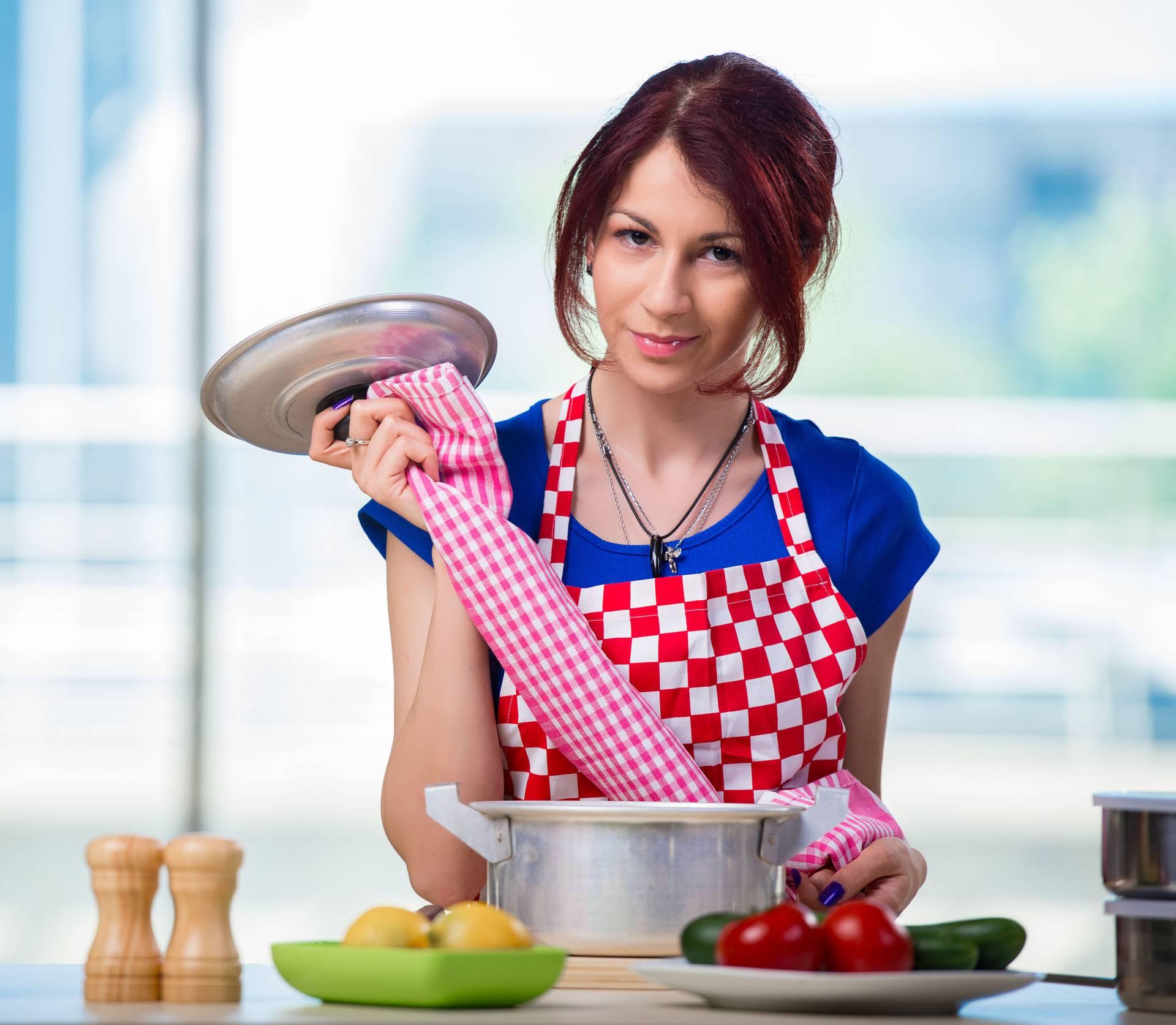 25 trikova u kuhinji: Za bržu pripremu jela i manje nereda
