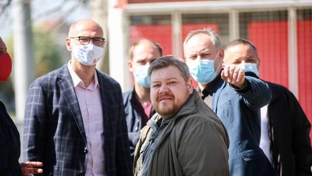 Kandidat SDP-a za gradonacelnika Zagreba Josko Klisović obišao je gradsku četvrt Brezovica