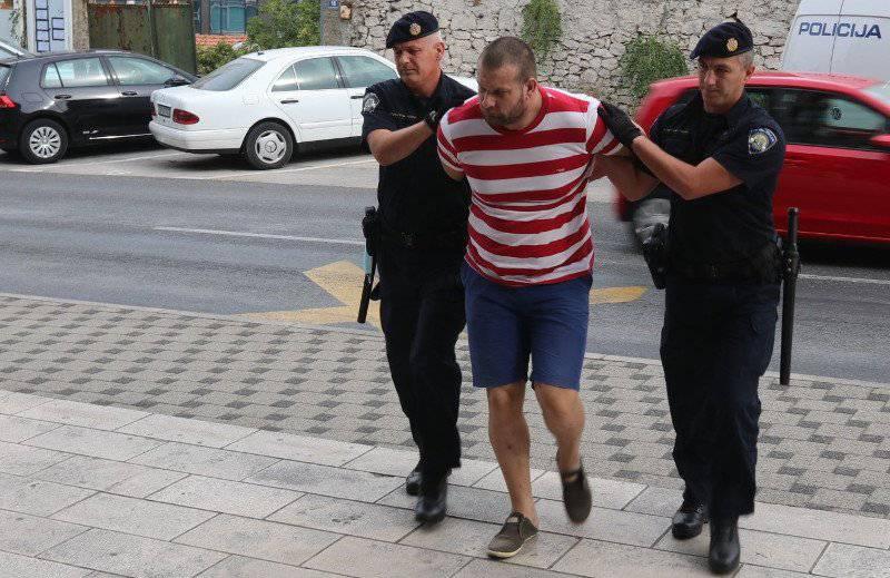 Priveli osumnjičenog: Sjekirom su ubili prijatelja u Rogotinu