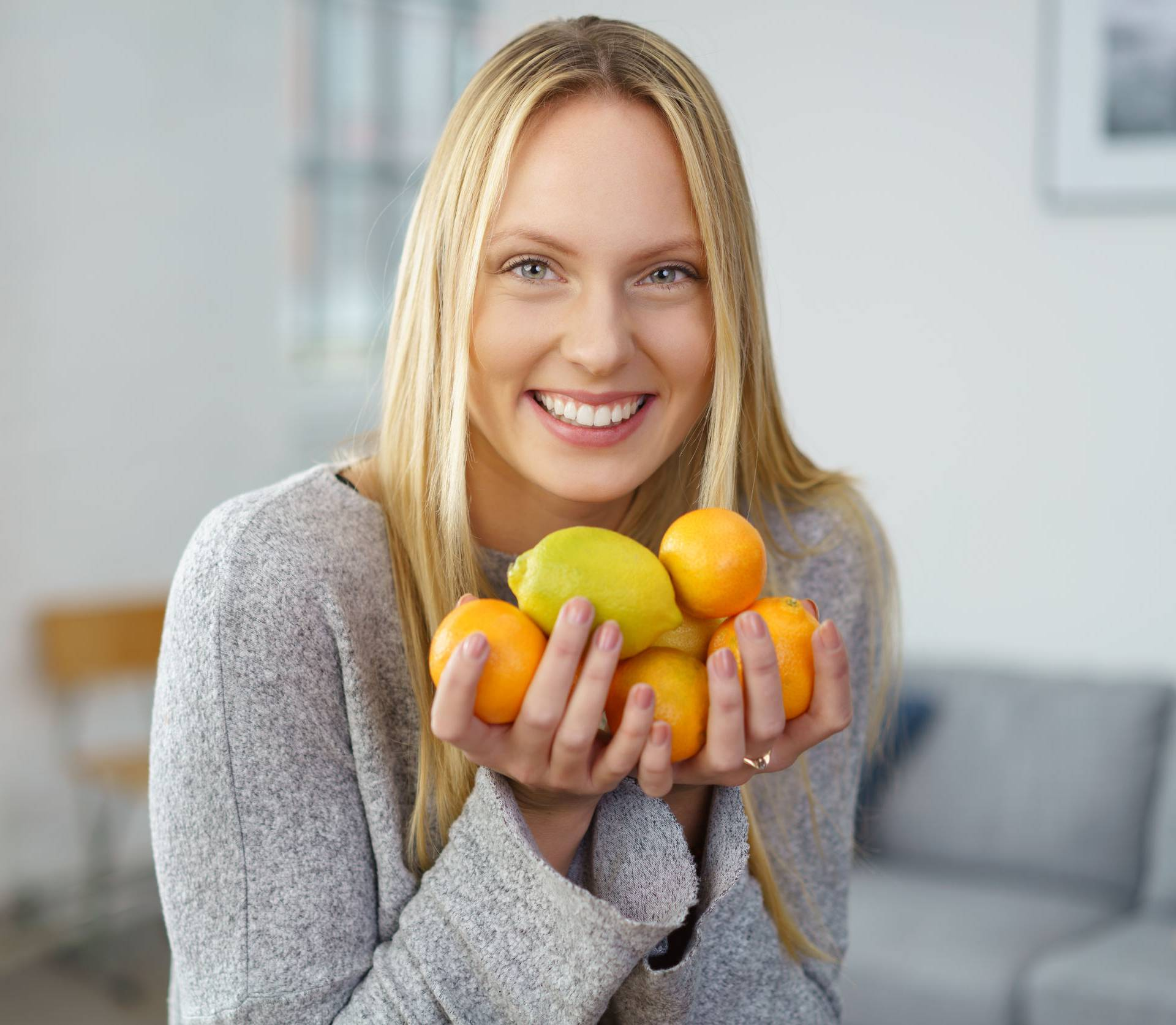 Čarobna voćka koja skida kile, liječi akne i pomaže kod kašlja