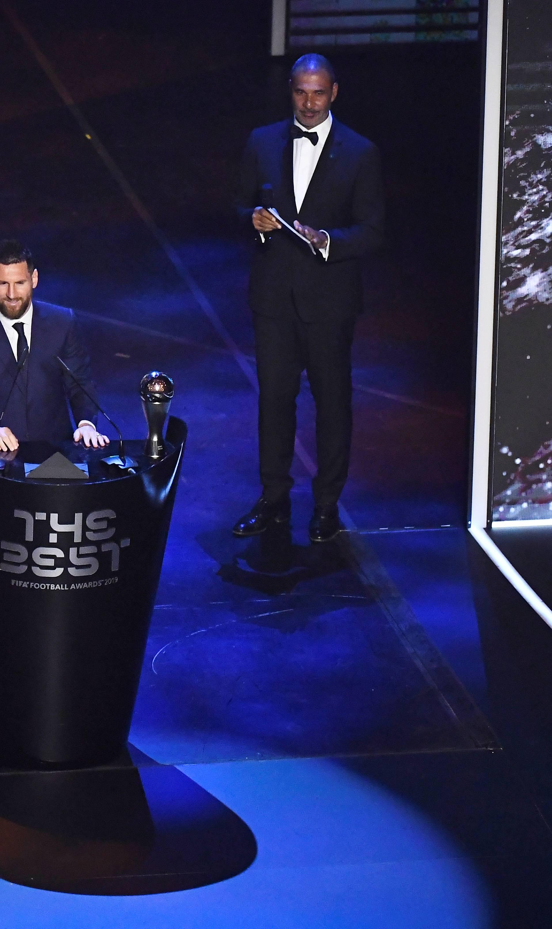Messi je igrač godine, šesti put! Fifa ipak 'ignorirala' van Dijka