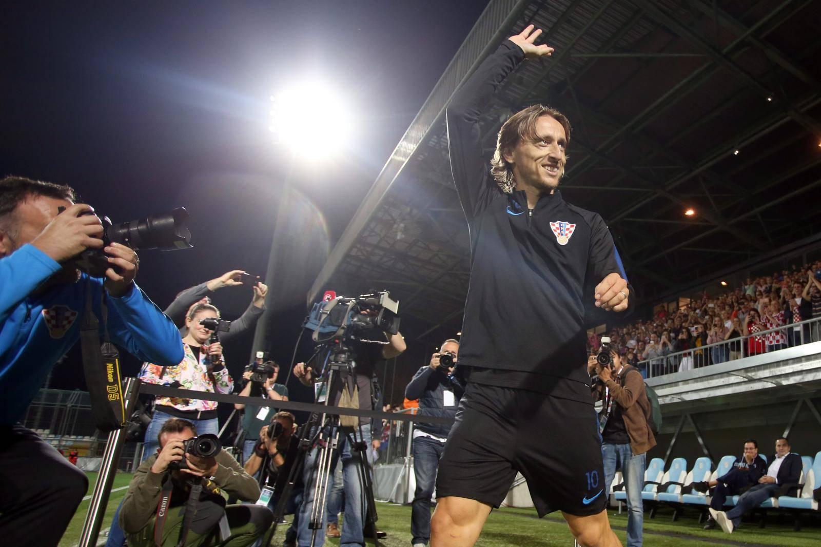Rijeka: Trening reprezentativaca na popunjenom stadionu uoči utakmice s Engleskom