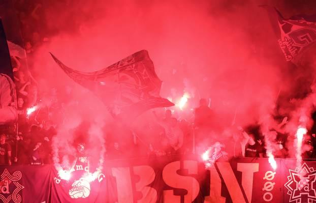 Navijači na stadionu Maksimir na utakmici između Dinama i Šerifa