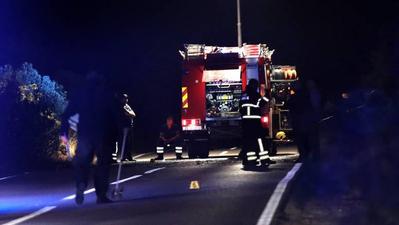 Policija objavila detalje: Kod Jadrije 47-godišnji muškarac sletio s ceste, auto se zapalio