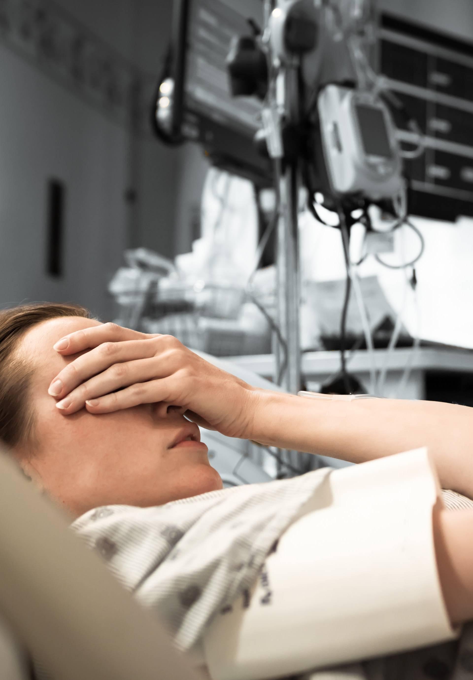 Stigma je velika: Većina žena će prešutjeti obitelji o pobačaju