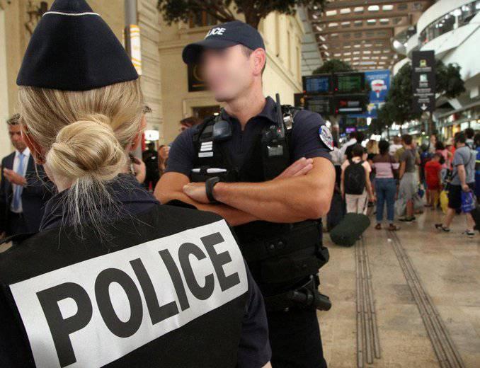 Horor na stanici: Kiselinom je zalila četiri turistice iz SAD-a