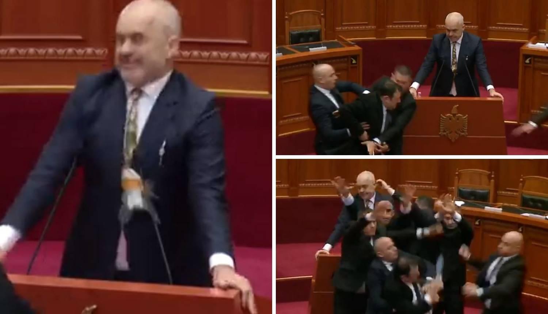 Premijera gađao jajima: Pravi kaos u albanskom parlamentu!