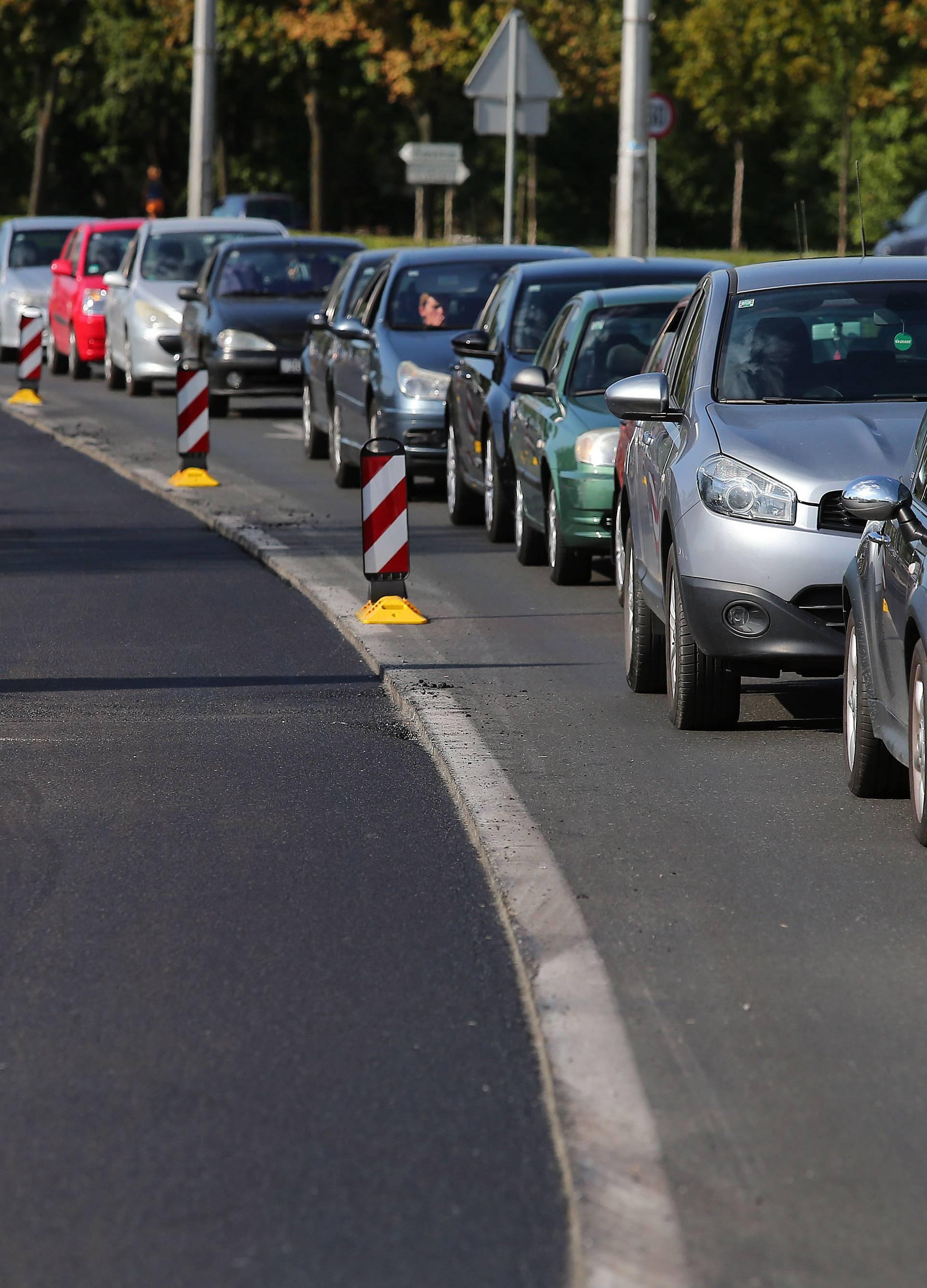 Zbog odrona prekinut promet državnom cestom u Vrgorcu