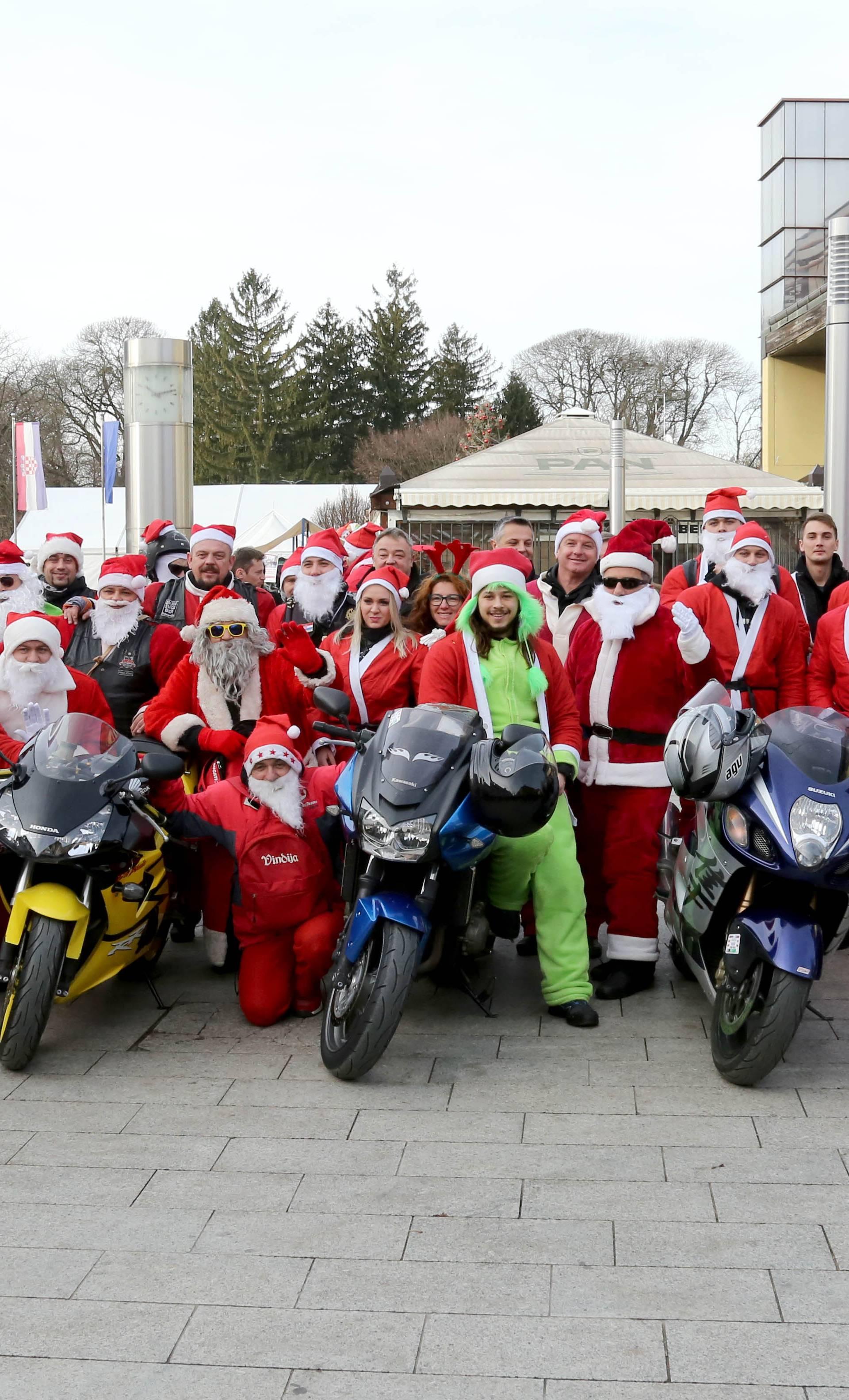 Djedovi Mrazovi donijeli 1000 hot-dogova: Uručili i donacije