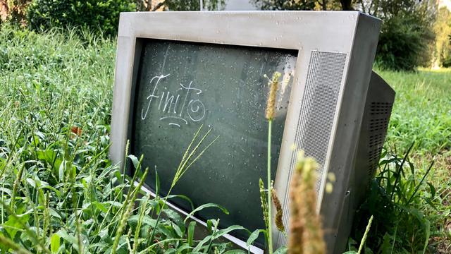 Život i smrt odrpanog televizora