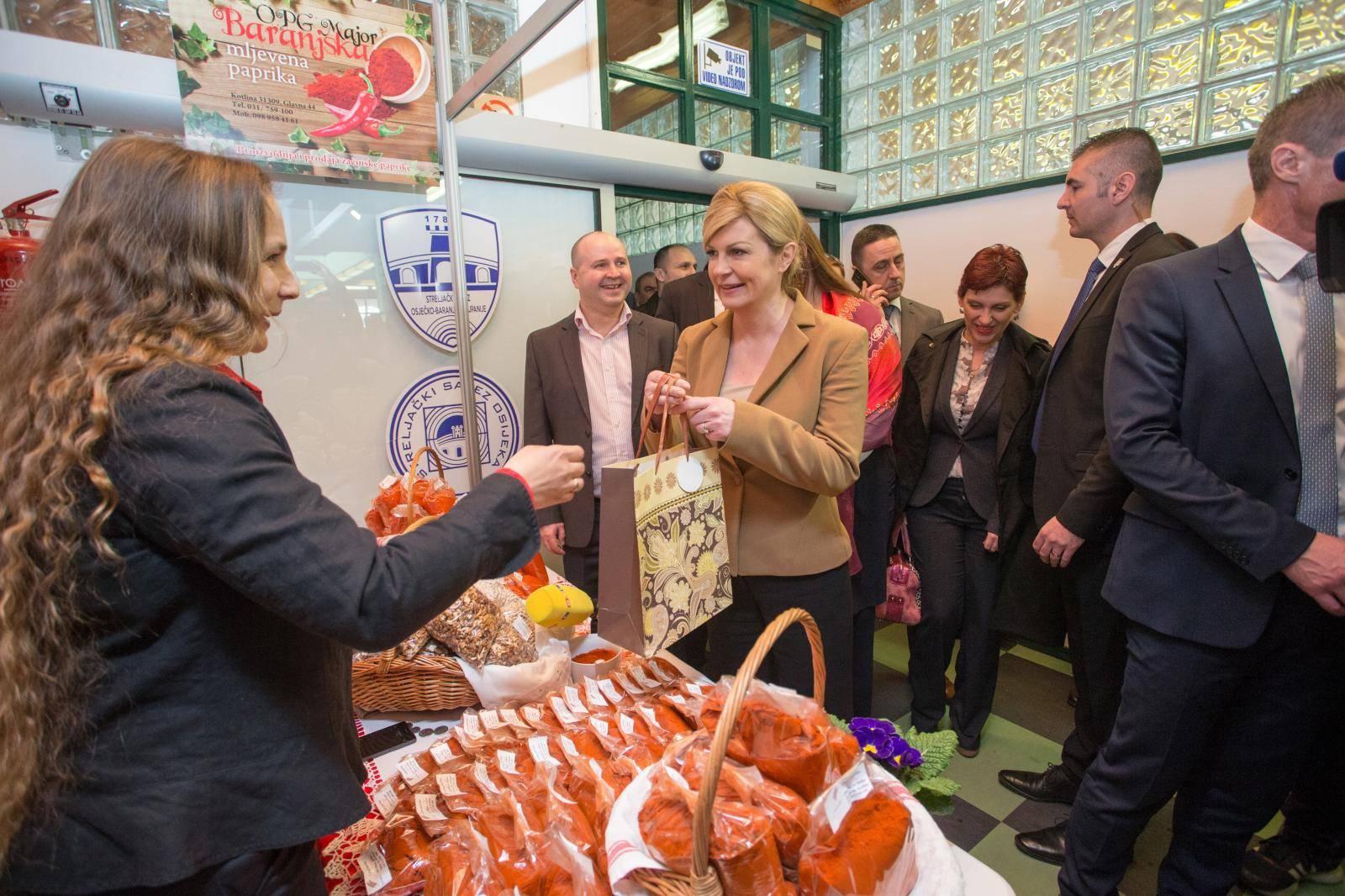 Osijek: Predsjednica Graba-Kitarović na otvorenju 26. Osječkog proljetnog sajma