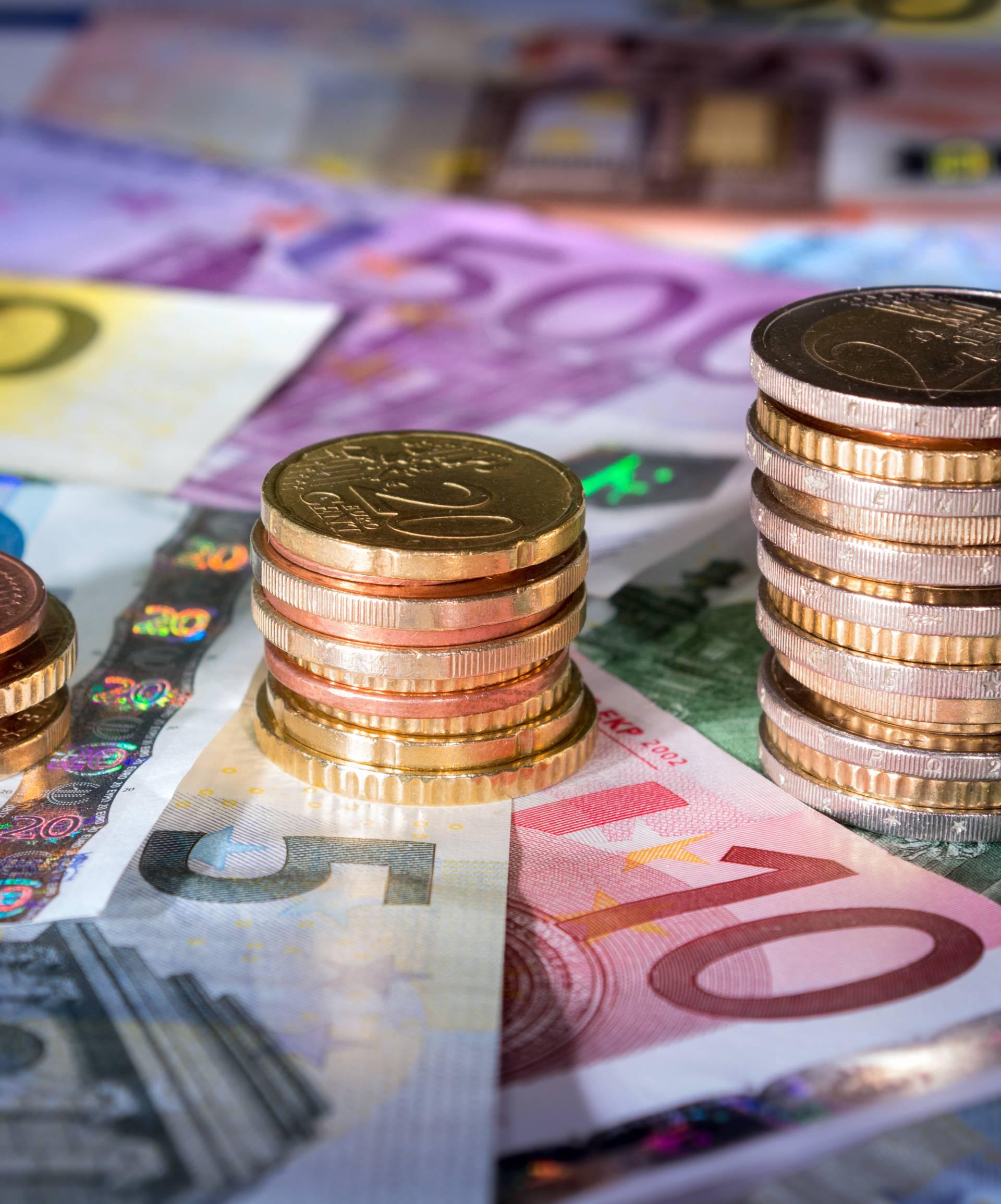 Krivotvorili isprave i uzeli 372.500 kuna iz EU fondova