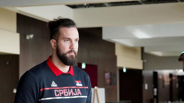 The press conference of the Basketball Association of Serbia on the occasion of the upcoming qualifying matches for the 2022 European Championship was held at the Crowne Plaza Hotel.Konferencija za medije Kosarkaskog saveza Srbije povodom predstojecih k