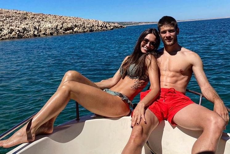 Krama i Mia uživaju na lijepom Jadranu: Đir brodom pa planina