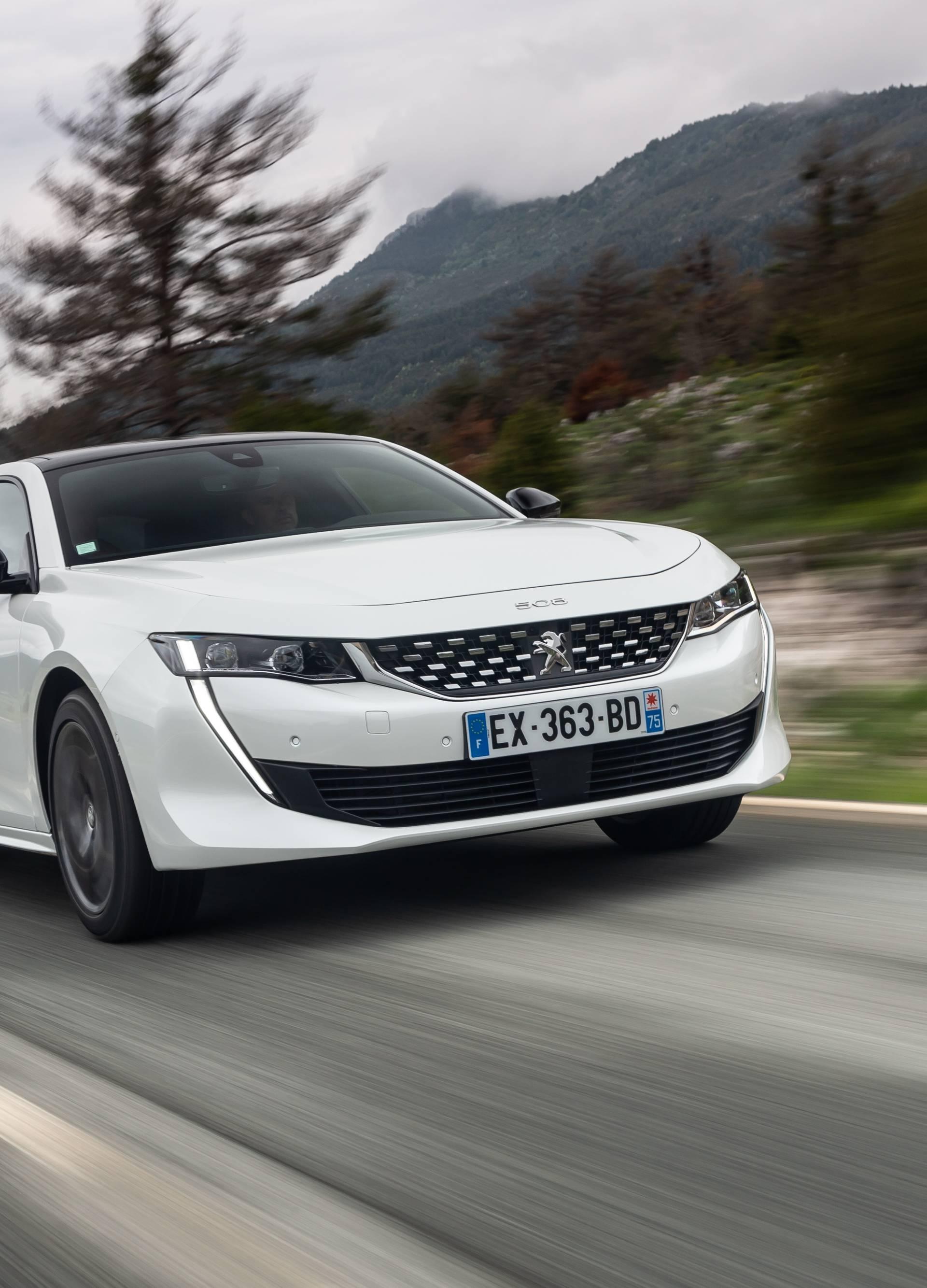 Nekad poslovnjak, a danas je Peugeot 508 atraktivan kupe