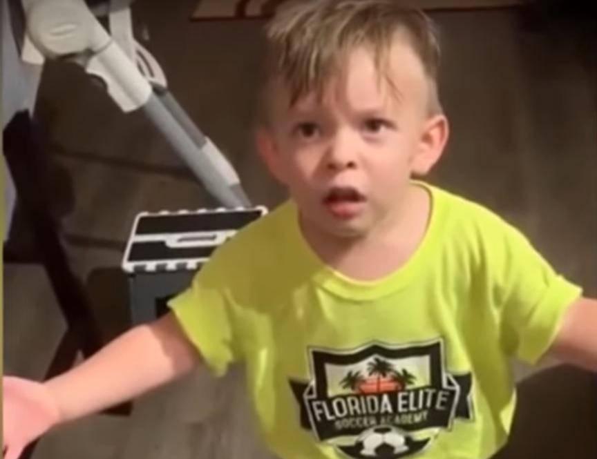 Urnebesna reakcija: Majka mu nije dala poljubac za rastanak