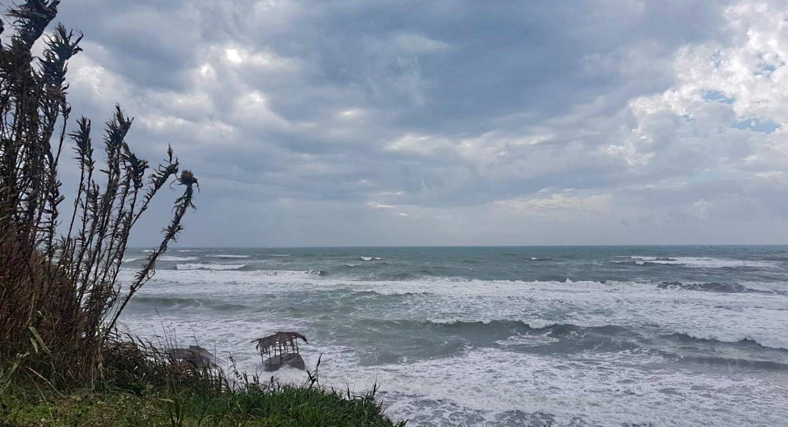 Bad weather - strong storm has canceled the western beach in Anzio