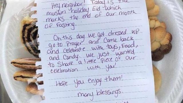 Dirljivom porukom su iznenadili susjede: Želimo slaviti s vama!
