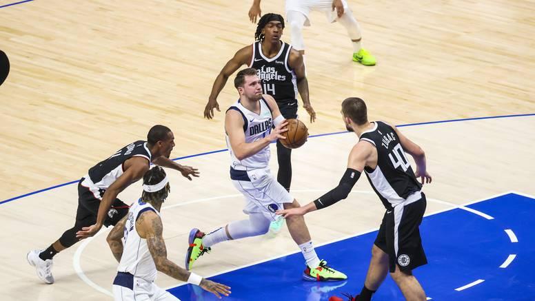 Zubac i Clippersi dobili Dončićev Dallas, Sunsi izjednačili u LA-u