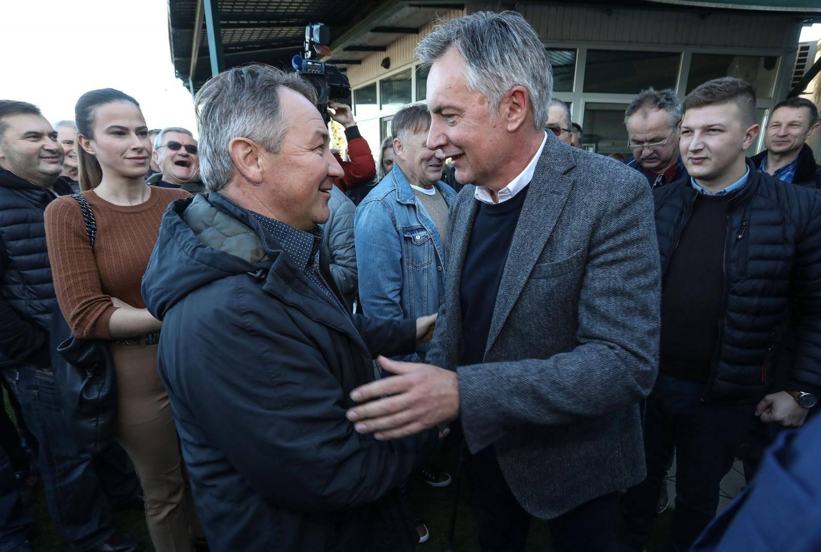 Culej dok kolje prase: 'Napravit ću sve da Milanović ne pobijedi'