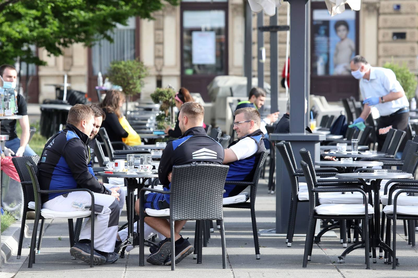 Zagreb: Kafićima i restoranima od danas dozvoljen rad