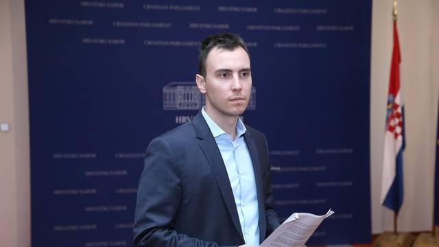 Zagreb: Konferencija za medije Marina Škibole na koju nitko nije došao