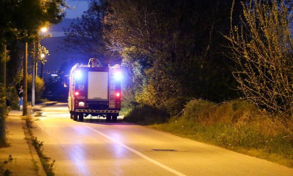 Zagreb: Vatrogasci ugasili požar glomaznog otpada u ulici Gata