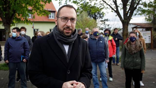 Zagreb: Tomislav Tomašević sa suradnicima obišao gradsku četvrt Podsused - Vrapče