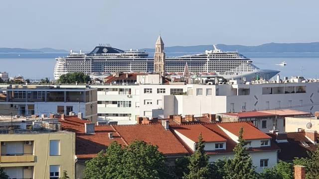 U Split uplovio najveći kruzer do sada: Dugačak je čak 333 metra