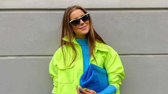 Limeta košulja, jarko plava majica plus hlače animal printa