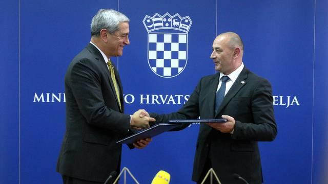 Zagreb: Potpisan memorandum o suradnji Hrvatske i SAD o nestalima u 2. Svjetskom ratu