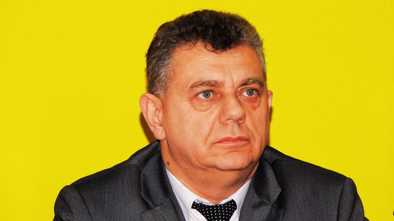 Razotkriveni kutinski uhljeb: 'Dajem ostavku na sve političke funkcije i izlazim iz stranke'