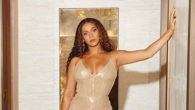 Beyonce donira 500.000 dolara pogođenima stambenom krizom