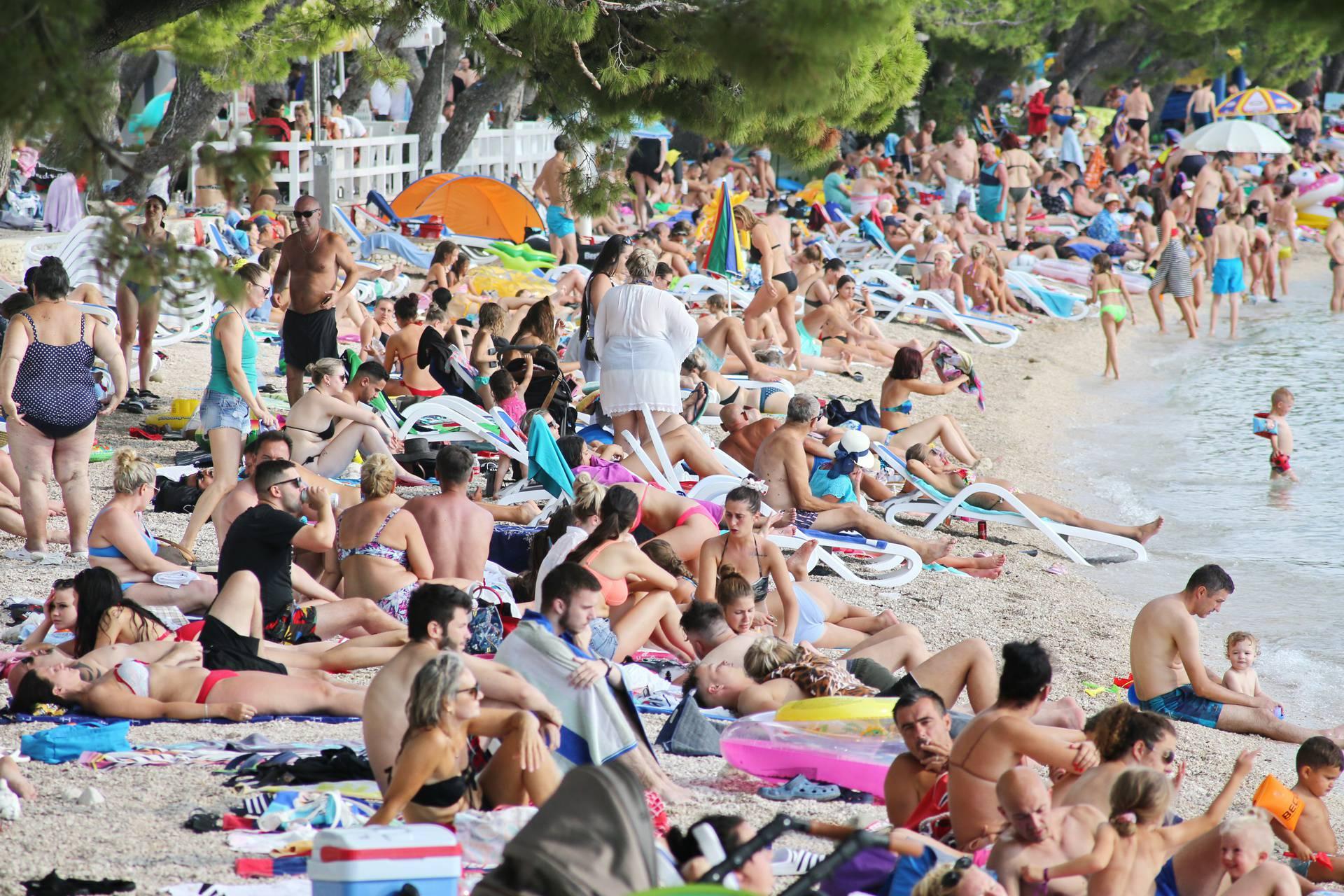 Makarska turisti_150820_7