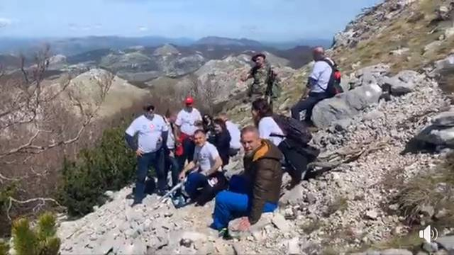 Bandićev najviši uspon: Kolege ga hrabrile sve do vrha Dinare