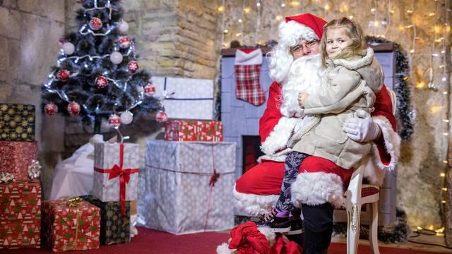 Kuća Djeda Mraza na Trsatskoj gradini