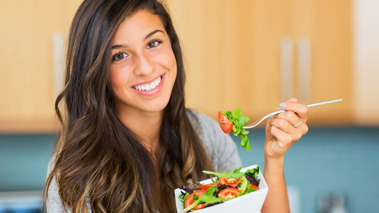 Žene će prije imati problema s mentalnim zdravljem ako se nepravilno hrane nego muškarci
