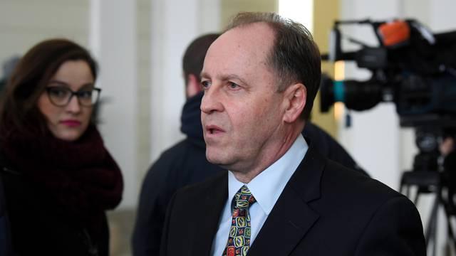 'Izjava Fakultetskog vijeća dio kampanje kandidata za dekana i pritisak na rektora Borasa...'