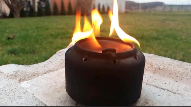 Pogledajte kako napraviti malu korisnu peć od dvije limenke!