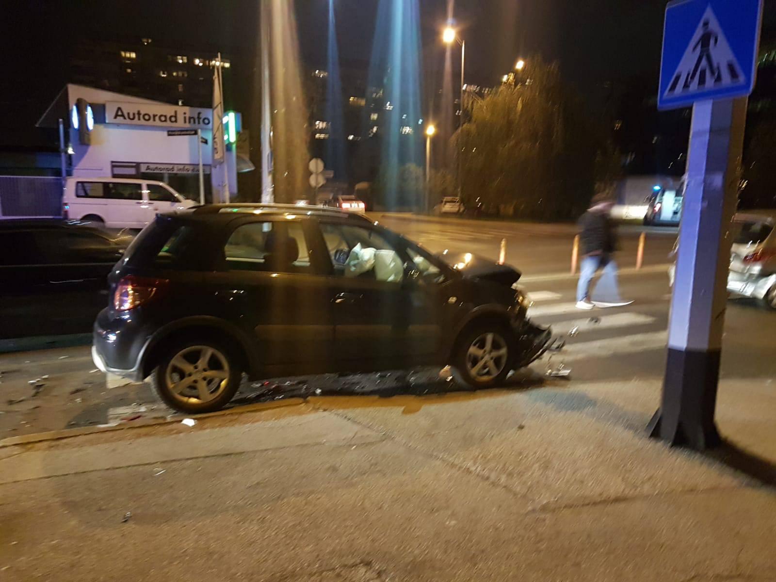 Sudar tri auta na Miramarskoj: Jedan čovjek je ozlijeđen
