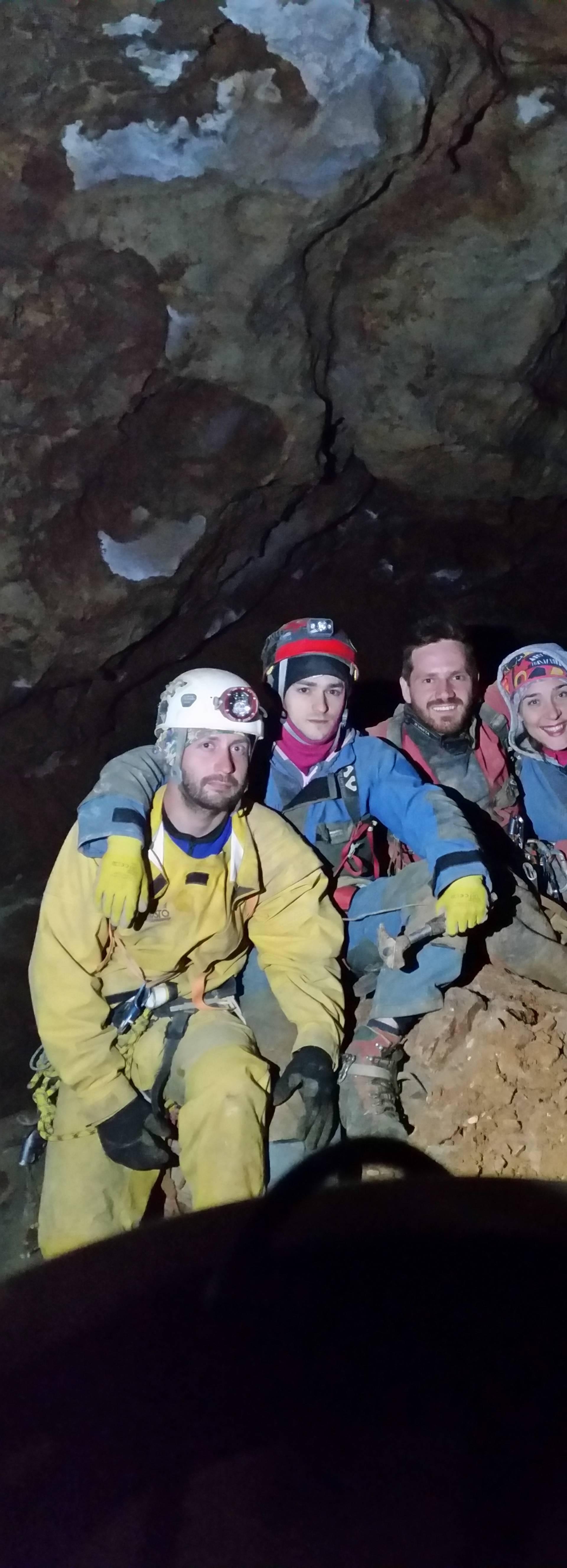 'Puzali smo kroz pješčani kanal pa otkrili najdulju jamu u RH...'
