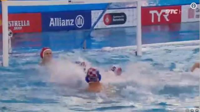 Obračun u bazenu! Fatović je šakom u glavu udario Srbina