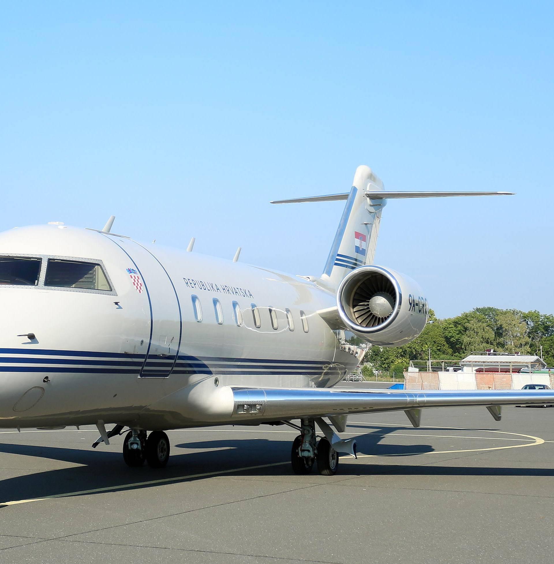 Vladin avion koriste kao taxi: U njemu se letjelo i po frak u Beč