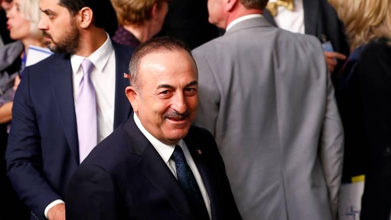 Cavusoglu nakon napada Irana ide u Irak smanjiti napetosti