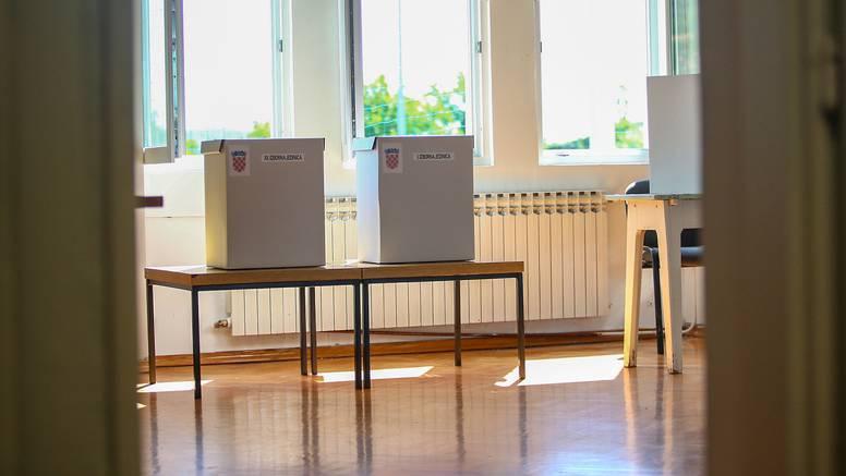 Od ponoći izborna šutnja stupa na snagu uoči lokalnih izbora