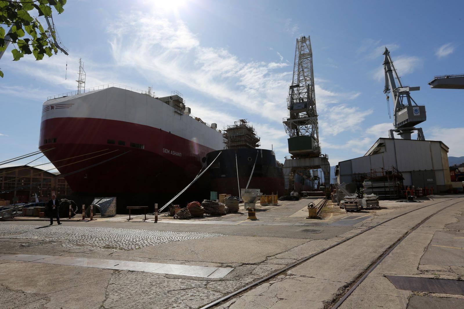 Rijeka: Andrej Plenković sastao se sa direktorom brodogradilista i radnicima brodogradilista 3. maj