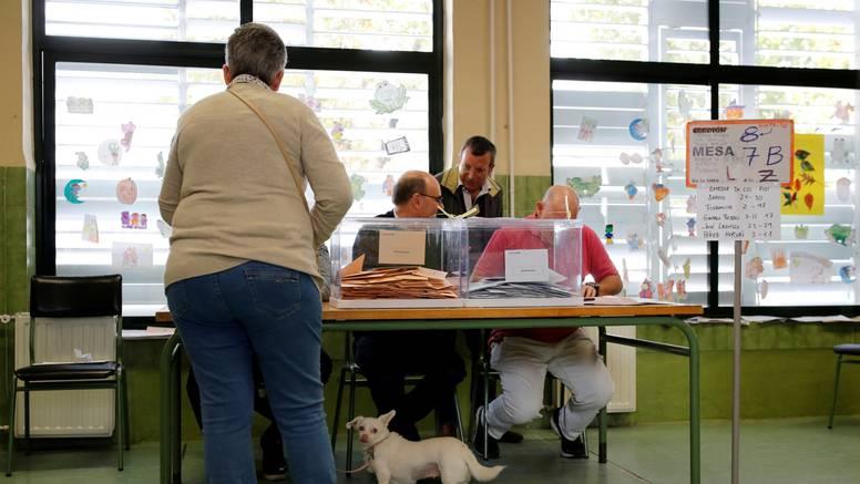 Španjolska: Odaziv birača na prijevremenim izborima slabiji