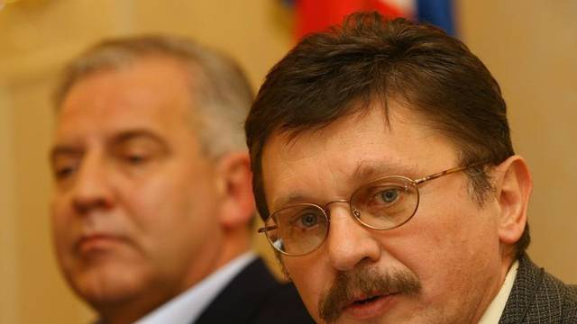 T. Miletić