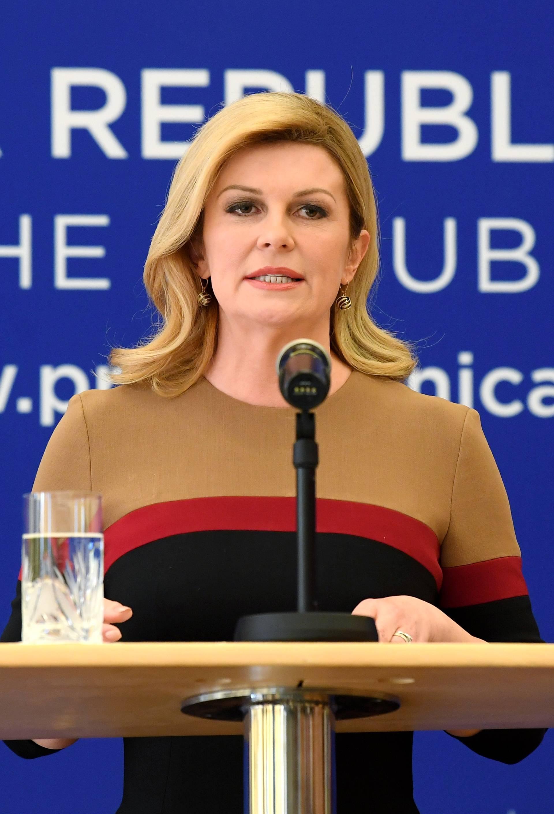 Predsjednica Grabar-Kitarović imenovala dva nova savjetnika