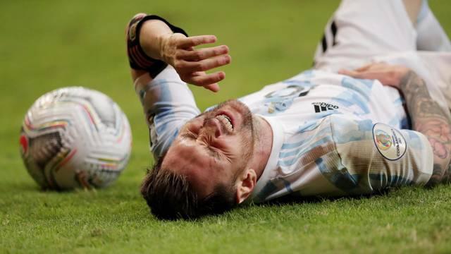 Copa America 2021 - Group A - Argentina v Uruguay